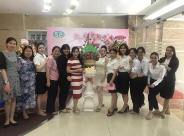 Tập đoàn Hoàng Quân tổ chức hội thi cắm hoa nghệ thuật chào mừng kỷ niệm 90 năm ngày Phụ nữ Việt Nam