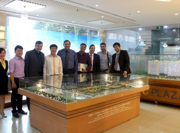 DELEGATION OF INDIAN NATIONAL REAL ESTATE DEVELOPMENT COUNCIL (NAREDCO) VISITS AND WORKS WOTH HOANG QUAN GROUP (HQC)