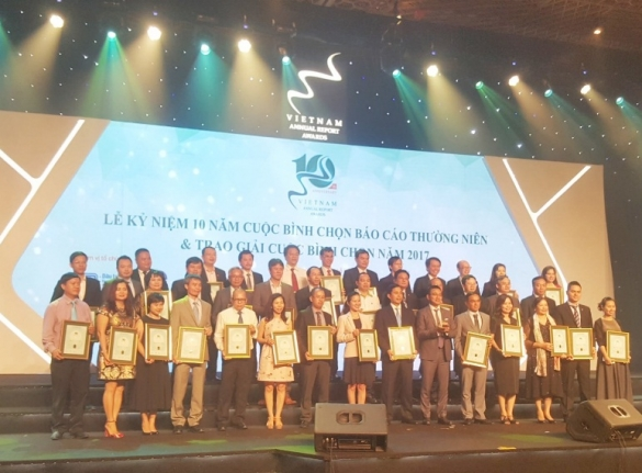 HOANG QUAN CORPORATION WAS HONOURED TO RECEIVE TOP 50 OF BEST ANNUAL REPORT 2017